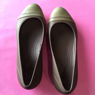 Cros Womens Shoes Size 6