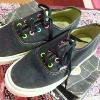 Sepatu Vans Multipop