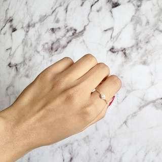 Crystal Dot Chain Ring