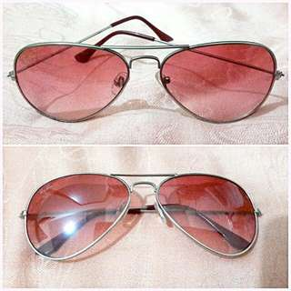 Kacamata Ray Ban.warna Pink Keunguan