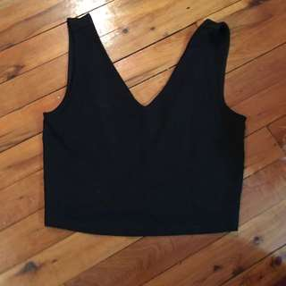 Basic Black Cropped Singlet