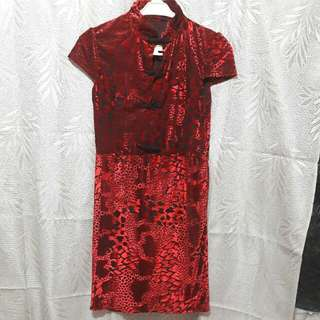 Mini Dress Bahan Bludru