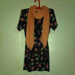 H&M Flowery Black Dress
