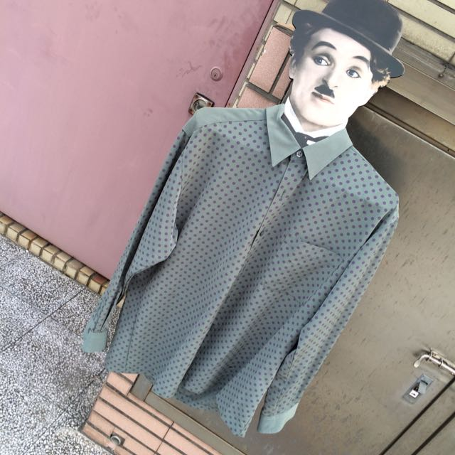 高雄古著市集軟滑質料紫點綠襯衫