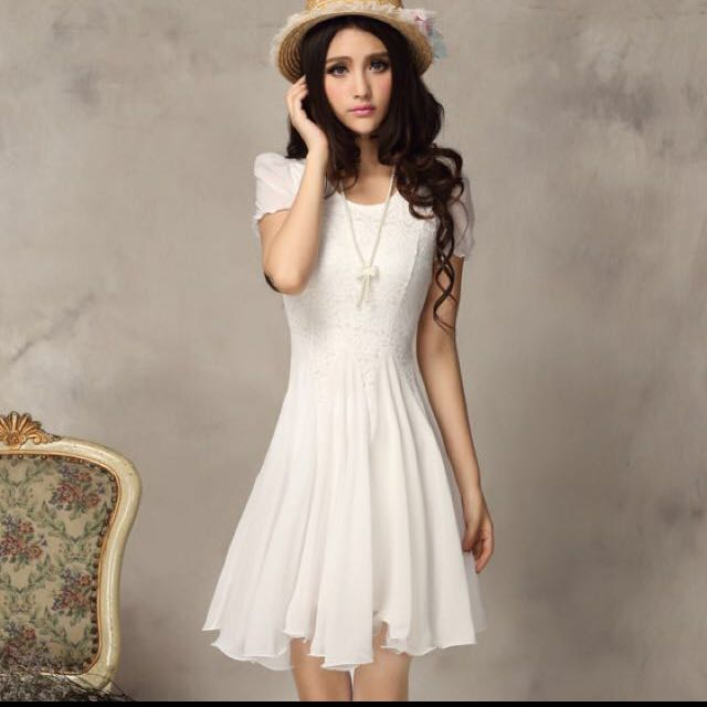 白色雪紡公主風蕾絲洋裝