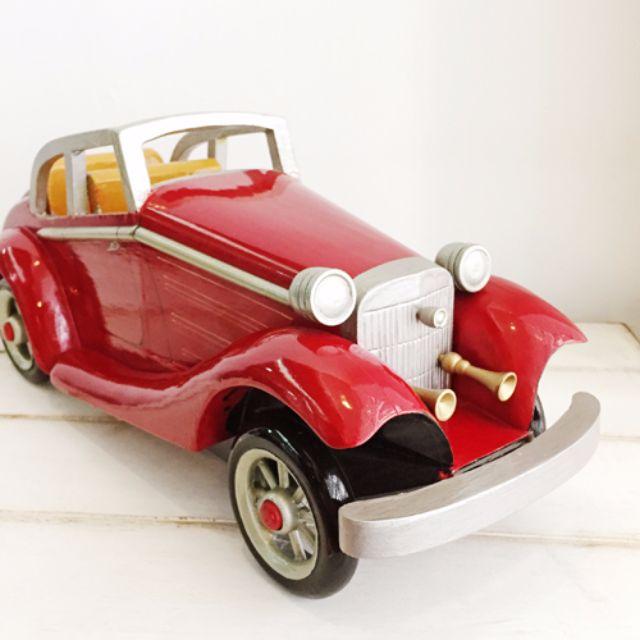 手繪經典木製骨董車模型 [似Triumph TR2跑車款]。外銷歐洲款絕版商品