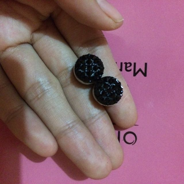 Anting Magnet