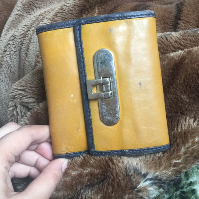 AUTHENTIC HIDESIGN WALLET