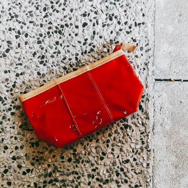Clarins克蘭詩🔸漆光紅化妝包