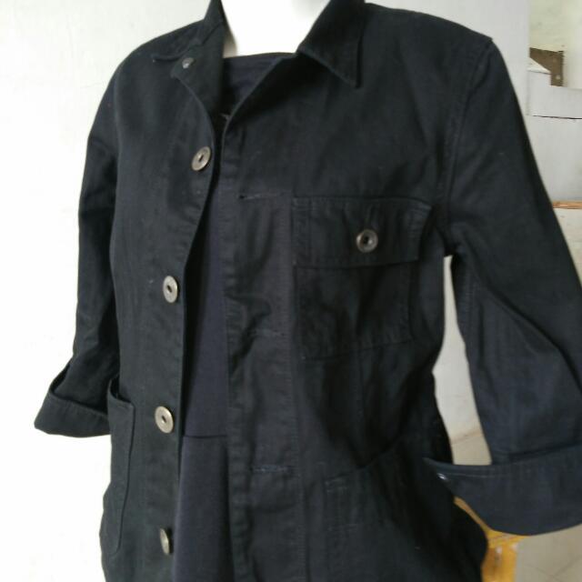 jaket jeans hitam