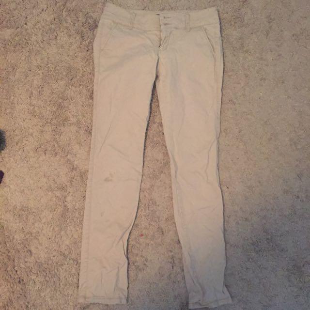 Kaki skinny pants