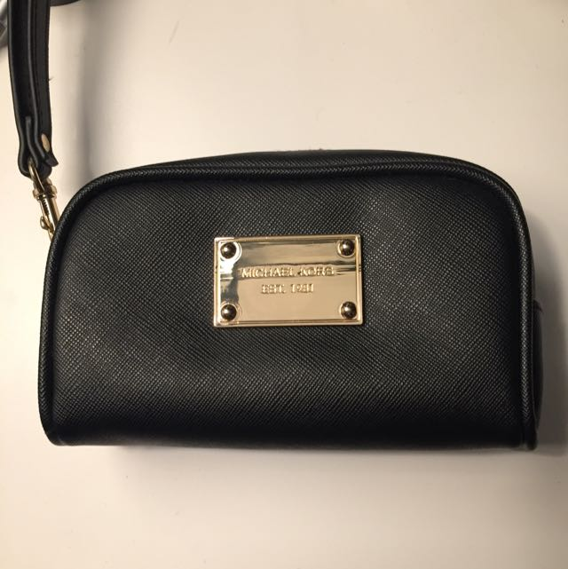 Reserved: Michael Kors Case