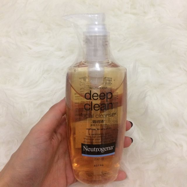 Neutrogena Deep Clean Facial Wash
