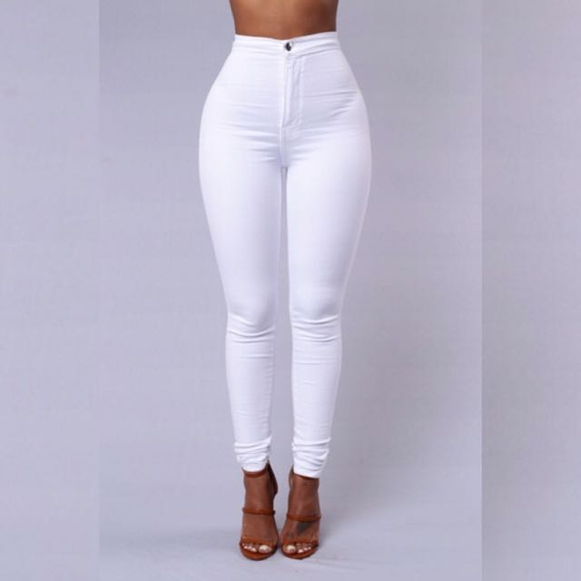 White High waisted Jeans 👖