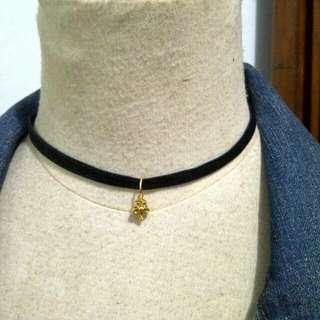 Chocker Black Velvet Flower Pendant Necklace