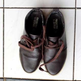 North Star Brown Shoes