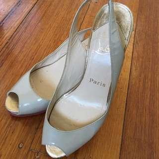 Louboutin Nude Sandal Size: EU 36.5