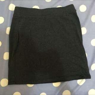 ✨✨灰色短裙 購買於NET