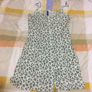 H&M dress Size 40 can fit S-M sized ladies