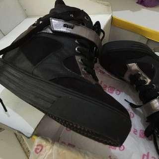 Sepatu Wedges Gosh Size 40