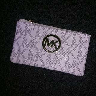 Michael Kors White MK Signature Logo 3pk Coin/ Keys/ Phone Purse