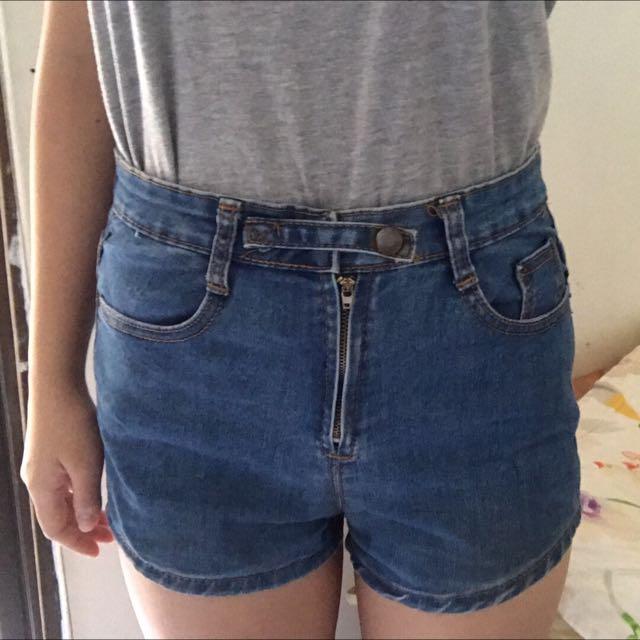 牛仔高腰短褲