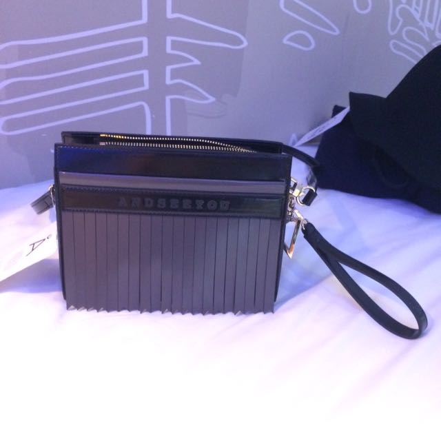 韓國設計師品牌 英倫風小方包