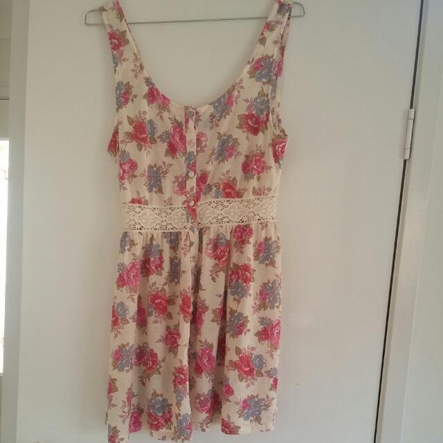 Beautiful Topshop Festival Dress