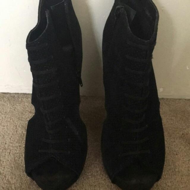 Black Wedges Size 9