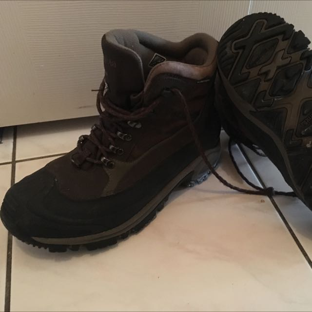 Columbia Winter Boots Size 9.5