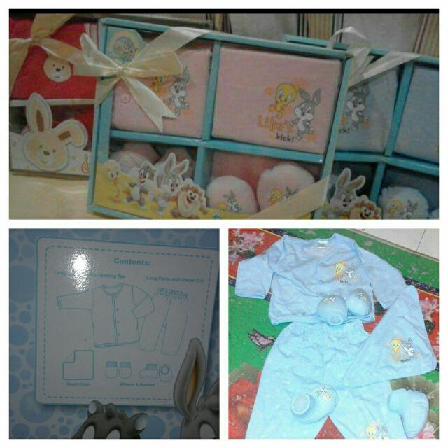 Disney new born gift pack..***price for 1giftbox...***1box =RM39