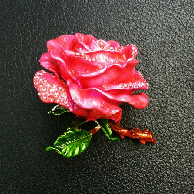 Glass Rose Ring Keeper/ Box