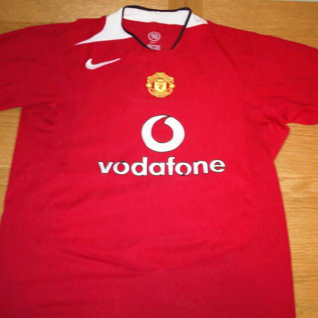 f8873d70a FREE SHIPPING Manchester United 2004-2005 Jersey