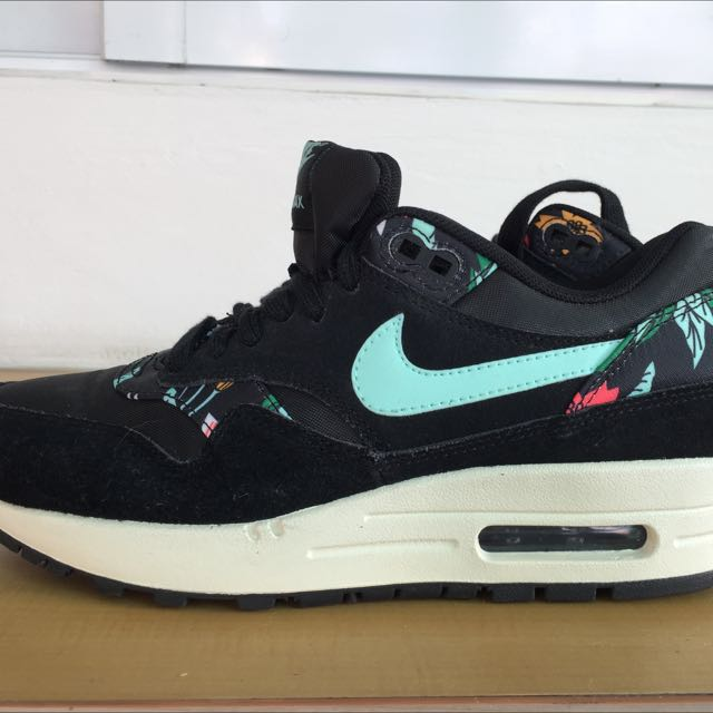 quality design 29d14 0211a Nike Air Max Limited Edition