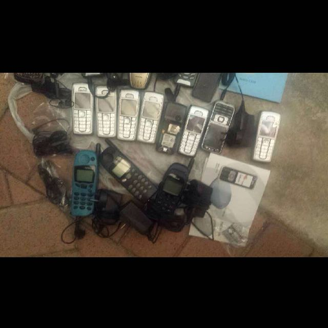 Phones Nokia old fully functional