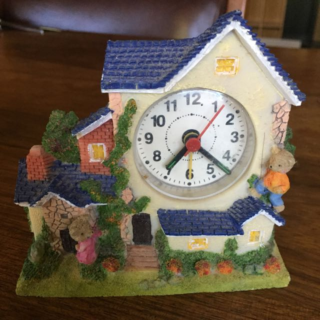 Teddy Bear House Clock