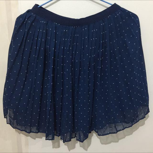 Uniqlo Medium Size Skirt
