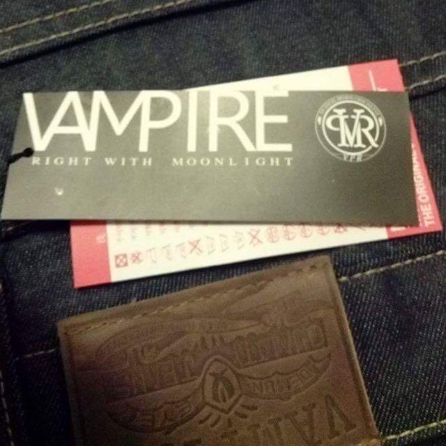 Vampire全新牛仔縮口褲