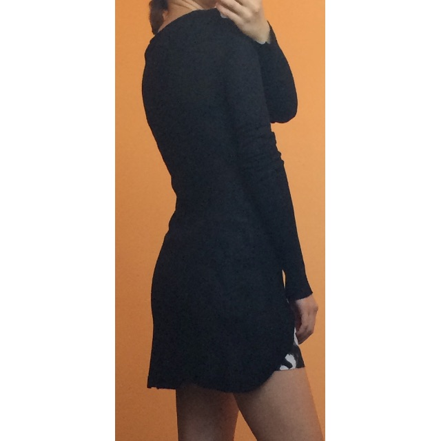 Willow black long sleeve knit