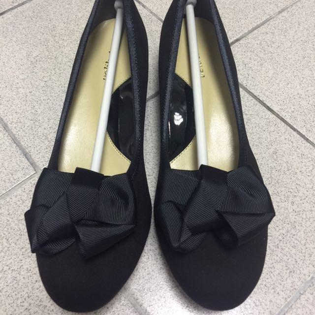 日本東京0101百貨獨家代理超級好穿娃娃鞋