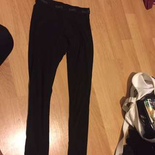 Garage Leggings Size Small