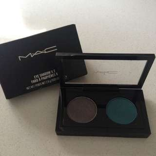 M.A.C Eyeshadow x2 #Dynamic Duo