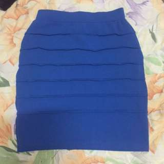 blue skirt (fits M to L)