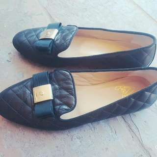 Black Italian Leather Flats With Gold Bow Size 39