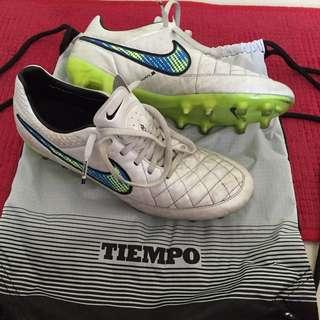 Nike Tiempo Legend 5