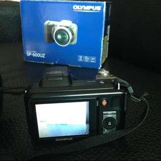 OLYMPUS SP-600UZ 類單眼數位相機 可議價