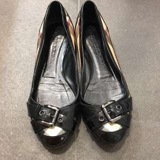 Burberry Flat Shoes Size 39