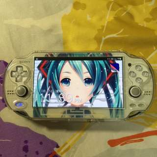 PsVita PCH-1106 3G/Wifi Wth Hatsune Miku Project Diva