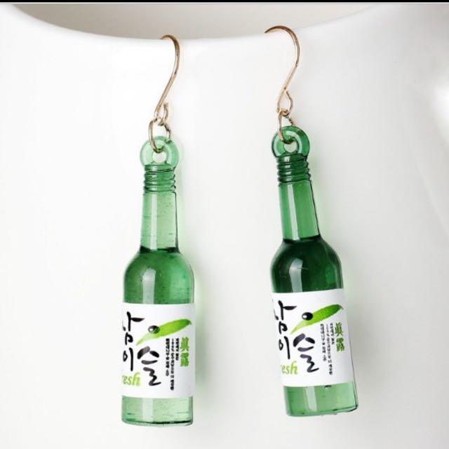 日本風時尚酒瓶耳環