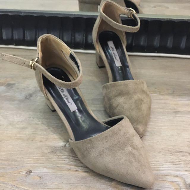 (任選兩件$900✨)正韓麂皮尖頭跟鞋24cm 降🎉